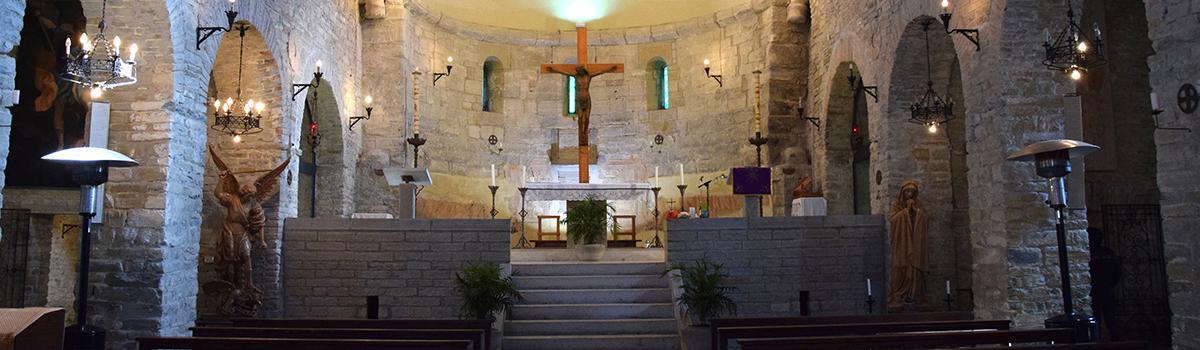 Immagine interna dell'Abbazia di Lamoli