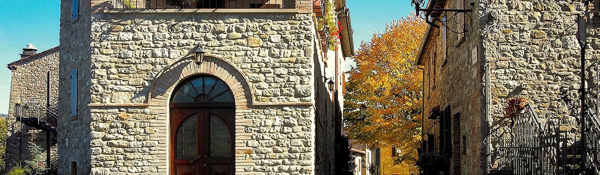 Immagine del borgo di Frontino