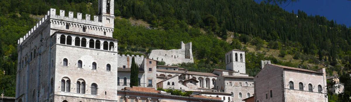 Immagine panoramica del centro di Gubbio
