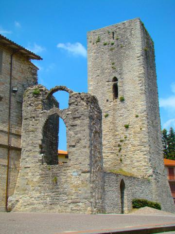 Immagine della Rocca Longobarda di Pietralunga