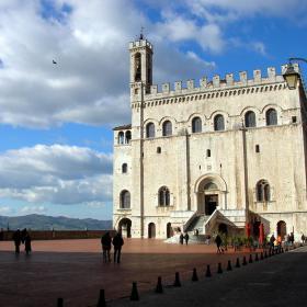 Immagine del Palazzo dei Consoli di Gubbio